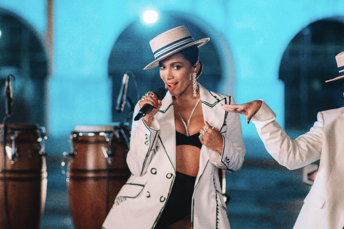 "Anitta performando ""Me Gusta"" no Grammy Latino 2020 - Imagem: Ricardo Brunini"