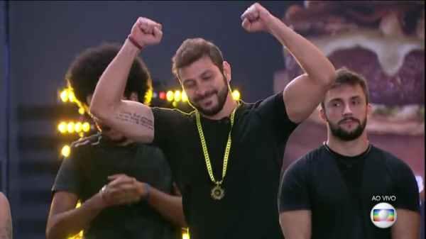 Caio é o novo líder do BBB21 - Imagem: TV Globo