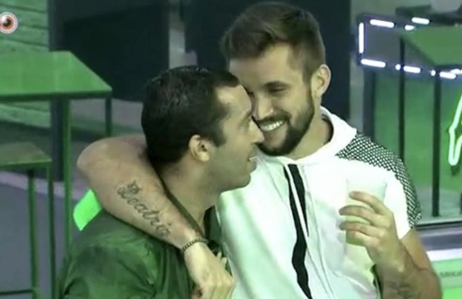 Gilberto e Arthur no BBB21 - Imagem: Reprodução/ Globoplay