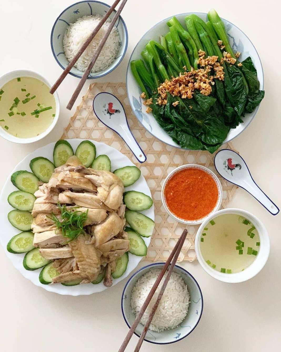 .  Menu dinner tadi malam, Hainanese Chicken Rice ...