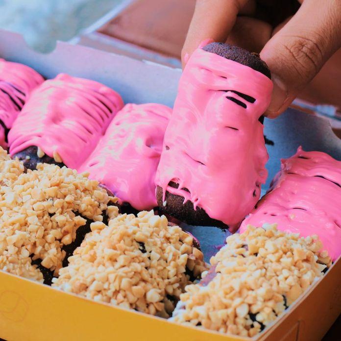 1604315214 159 OPENING SUKO kue baloknya ada 2 varian rasa ada yang