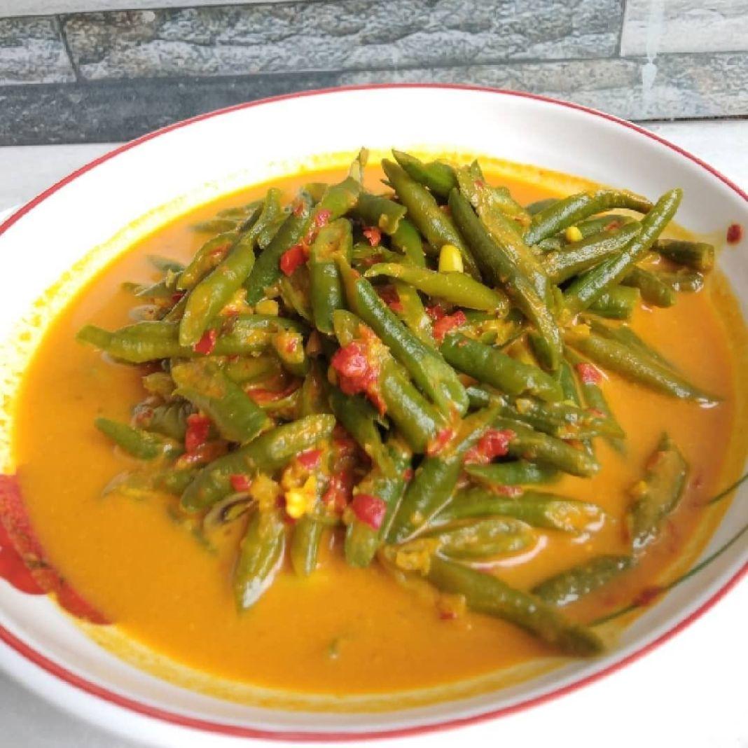 Info kuliner, Sayur Gulai Gulai selalu enak  Bahan: 200 gr kacang panjang, potong-potong 500 ml santan (santa…