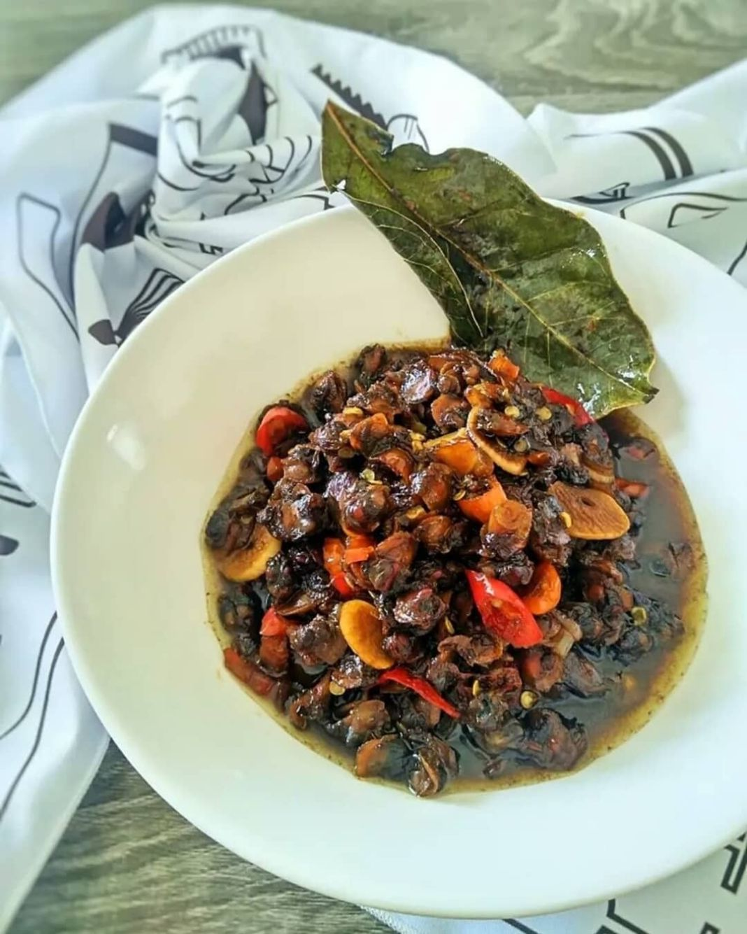 Info kuliner, OSENG KECAP KERANG DARA (3-4 porsi)  BAHAN : 1/4 kg kerang dara (cuci bersih) 1 sdm saos tiram …