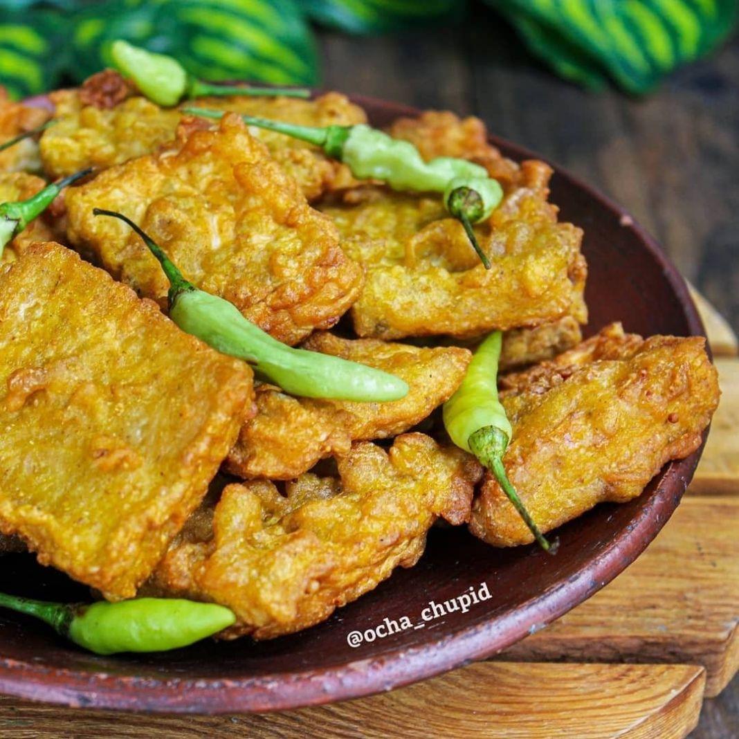 Info kuliner, tempe anget untuk cemilannn. makannya jgn lupa pake cabe rawitt  Menjes/Tempe Gembos  Bahan: 1p…
