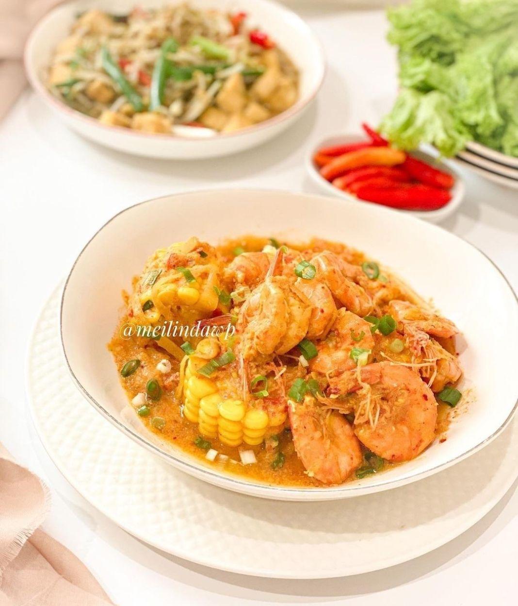 Info kuliner, Ditambahin jagung udah deh rasanya mirip kalo beli makan di luar   UDANG SAUS PADANG  Bahan A :…