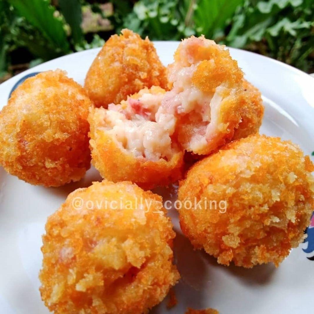 Info kuliner, Bikin cemilan yang rasanya mantul nih    Brulee Boomb   Bahan :  * 1 buah bwg bombay  * 1 siung…