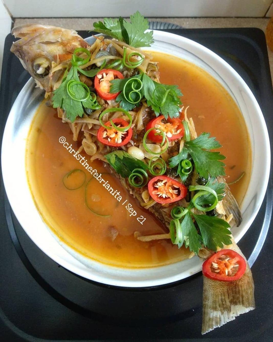 Info kuliner, Tim Ikan Tauco / Steamed Fish with Fermented Soy Beans  ini tuh harum serta enak binggow untuk Saya…