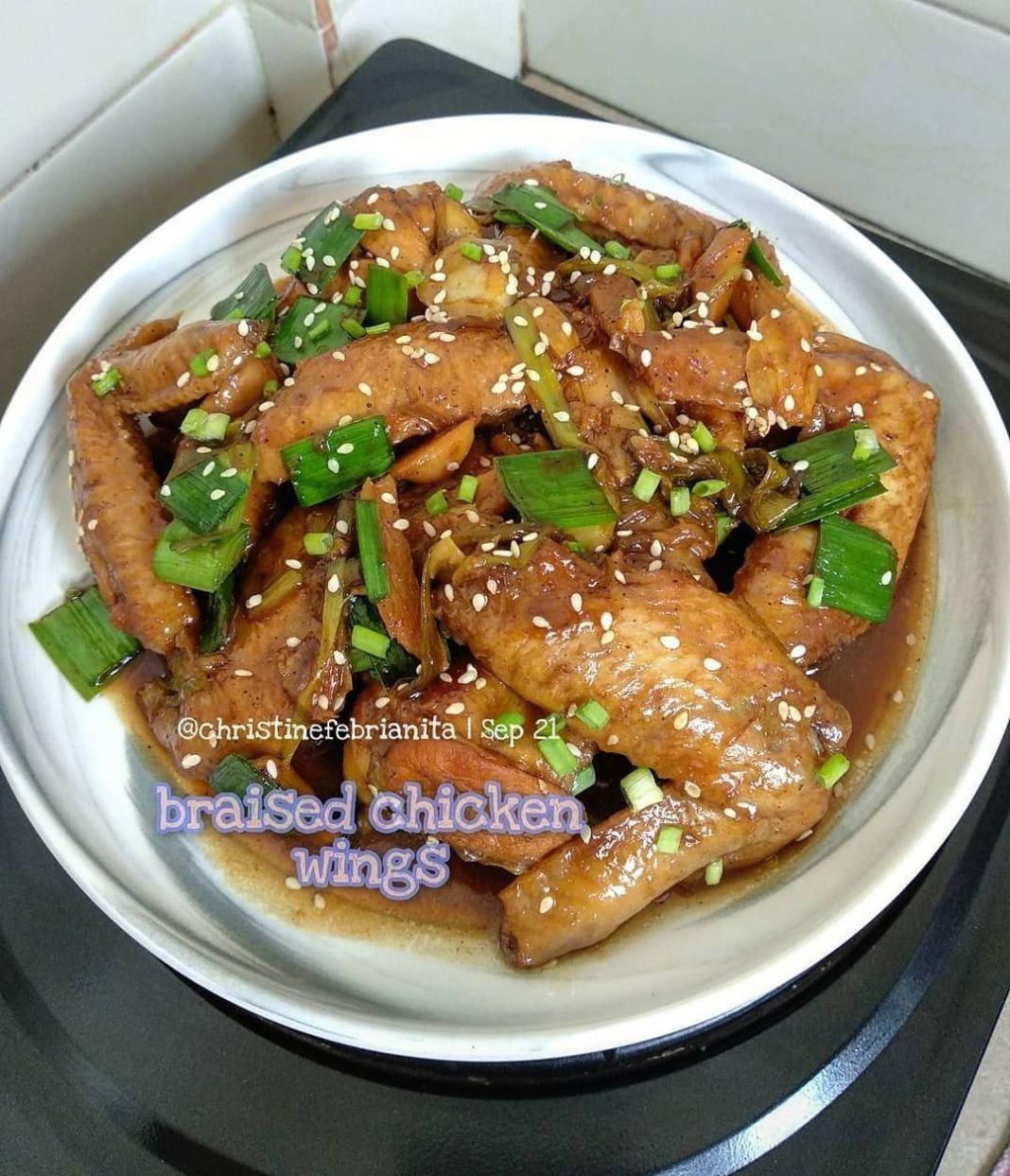 "Info kuliner, Braised Ginger Soy Chicken Wings bahan"" yg dipake tuh simple banget, ga perlu aneh"" gitu yg mos…"