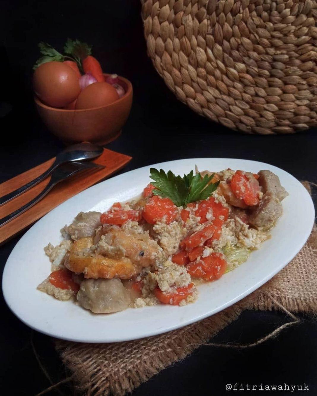 Info kuliner, EGG TOFU  Kesukaan orang rumah nihh Tofu kuah telur pakek nasi anget yg pulen dijamin gak nolak…
