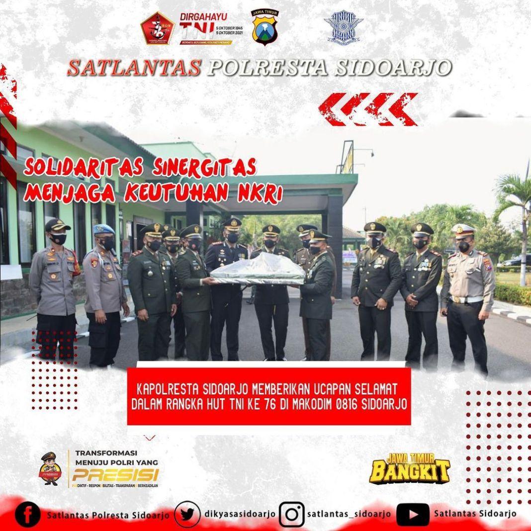 Memberikan ucapan pada HUT TNI ke 76 di Makodim 0816 Sidoarjo, solidaritas serta sinergitas untuk…