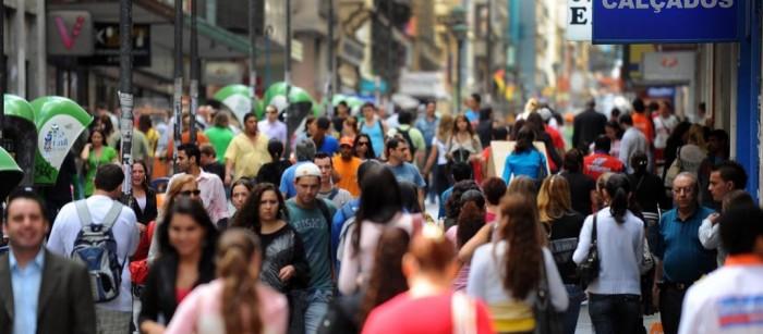 Pesquisa mostra que brasileiro quer mais saúde e segurança; ajuste fiscal não é prioridade