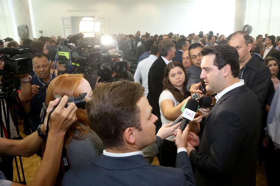 União vai administrar pedágio no Paraná