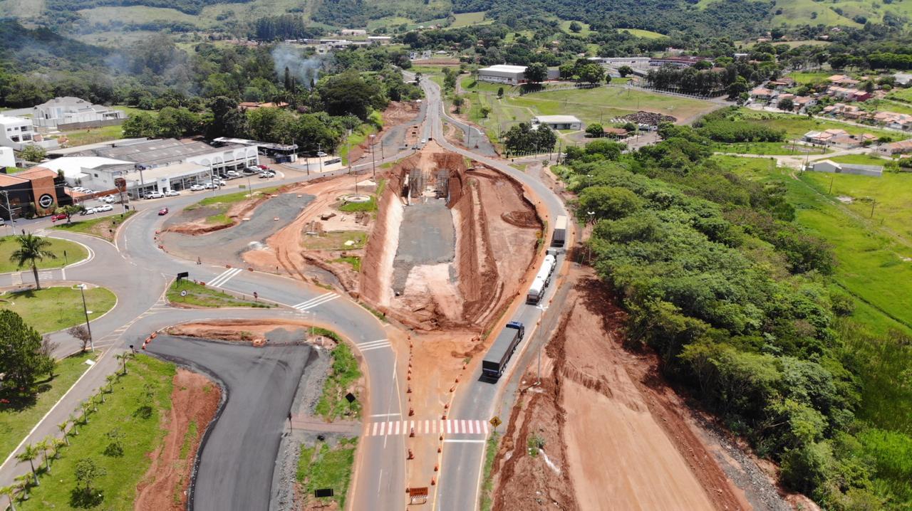 Crea-PR fiscaliza obras paralisadas de viaduto em Santo Antônio da Platina