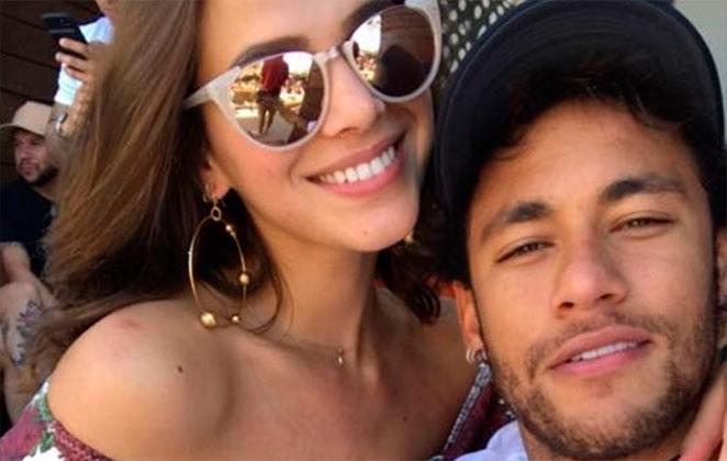 Bruna Marquezine para de seguir Neymar nas redes sociais