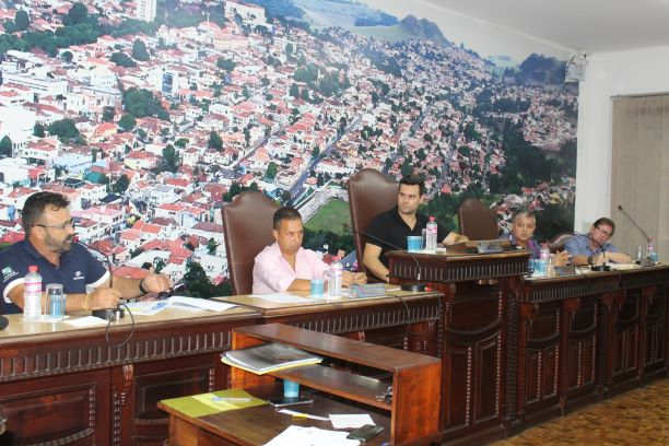 Jacarezinho realiza Audiência Pública sobre Saneamento Básico