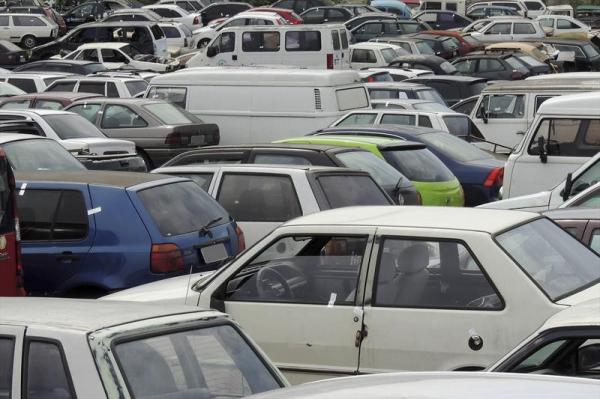 Setran promove quatro leilões on-line de veículos apreendidos em blitze.