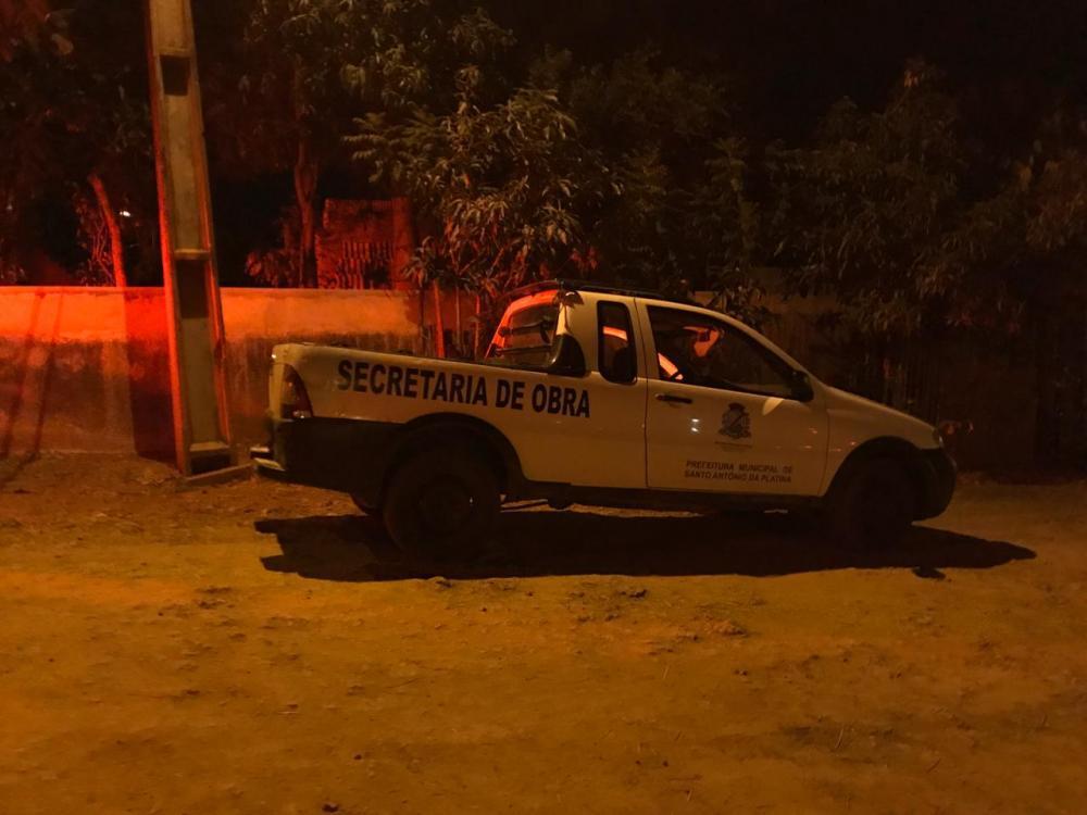 Polícia recupera picape e caminhão de prefeitura tomados de assalto