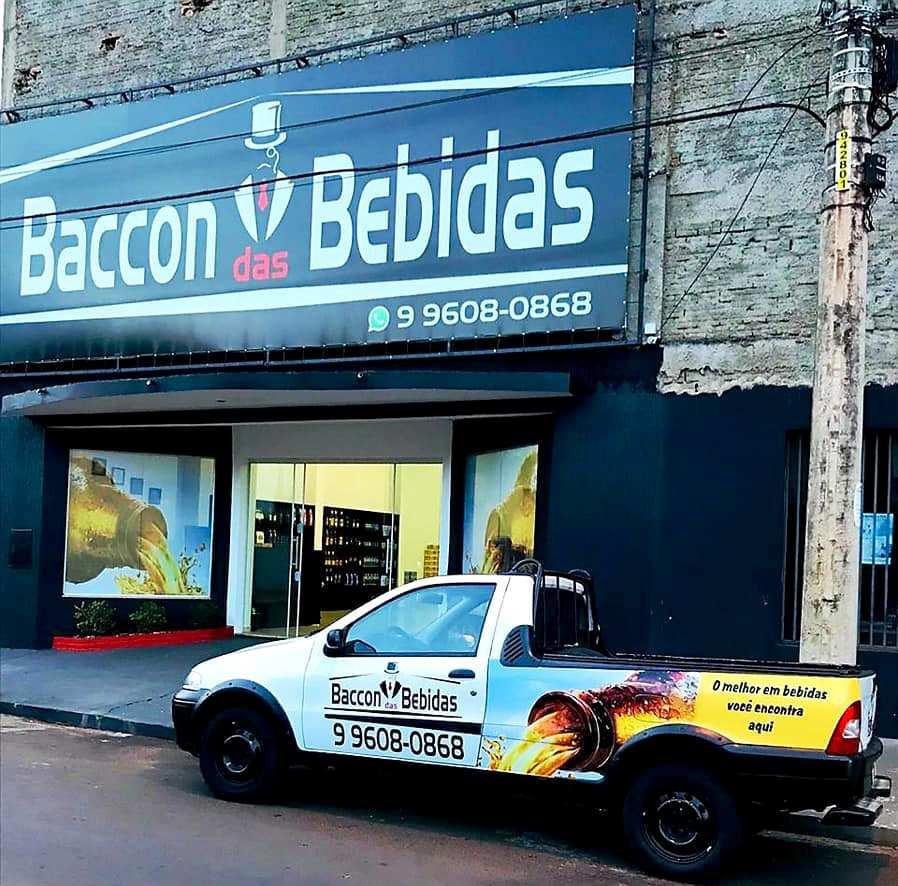 """Em Jacarezinho vocês encontram  Baccon das Bebidas """" Distribuidora """""""