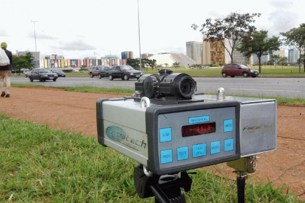 Radares móveis devem voltar às estradas federais depois de decisão da Justiça