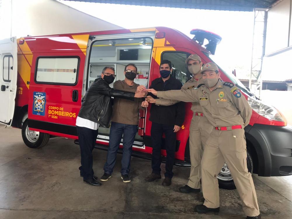Corpo de Bombeiros recebe nova ambulância