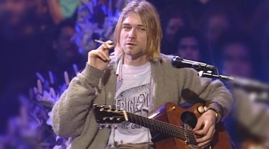 Violão de Kurt Cobain é leiloado por US$ 6 milhões, um recorde