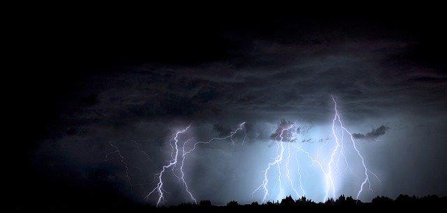 Tempestade afeta 2.382 pessoas em nove cidades do Paraná