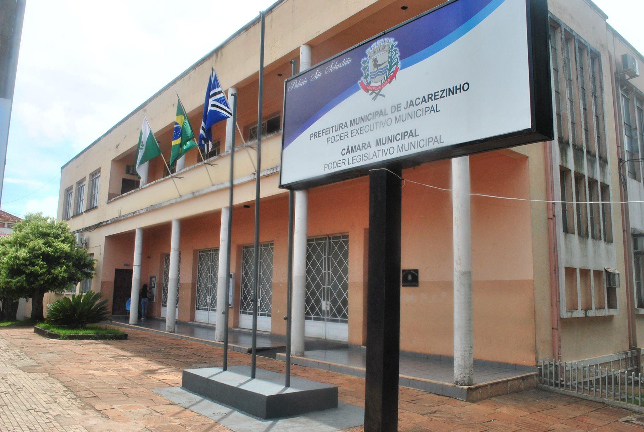 Jacarezinho: Decreto transfere data do feriado municipal nas repartições públicas