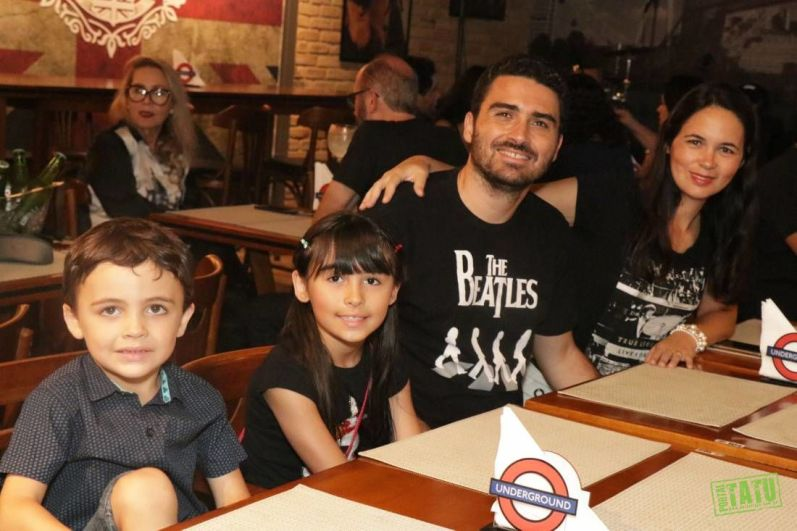 Mother Mary - The Beatles Tributo - London Fox - 11012020 (13)