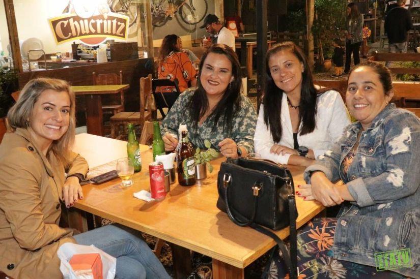 Aniversário de Mônica Fernandes - O Bendito Bar - 14022020 (2)