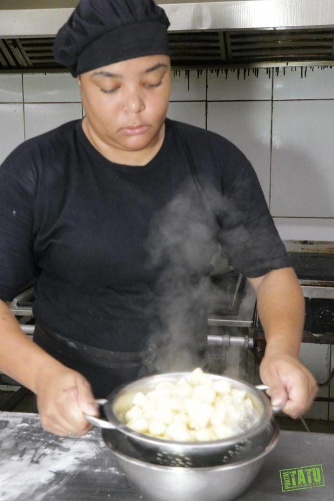 Braccia Restaurante e Pizzaria Massas, carnes e pizza deliciosas e delivery à jato (15)