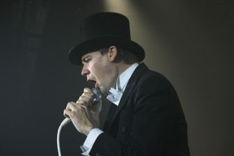 The Hives007