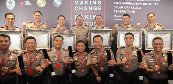 Polres Gresik Raih Penghargaan Wilayah Birokrasi Bersih Melayani