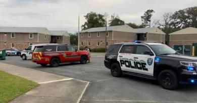 Menino de 9 anos é preso por esfaquear irmã de 5 anos na Flórida