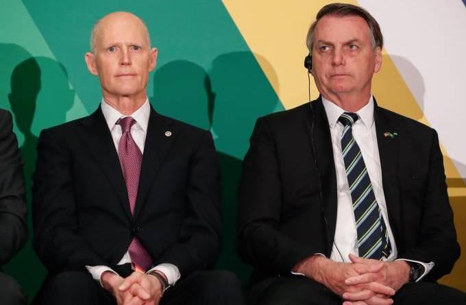 Autoridades dos EUA que se reuniram com Bolsonaro se impõem quarentena