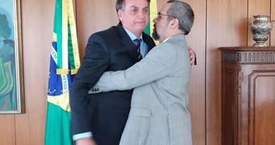 Após viagem para os EUA, Weintraub é demitido oficialmente por Bolsonaro