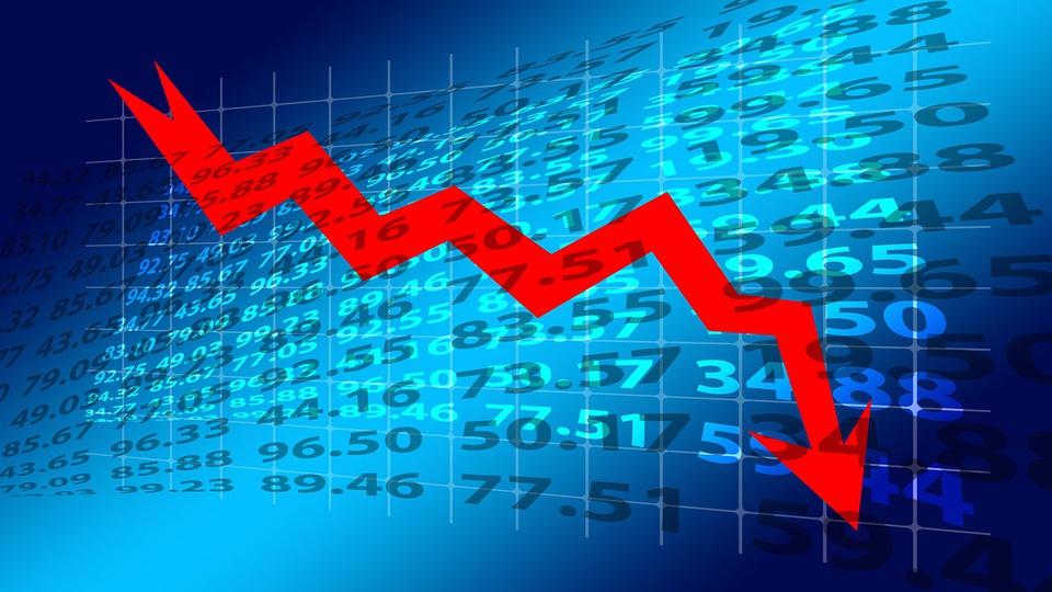 Brasil deve ter primeira década de recessão na história, índice de desempenho negativo