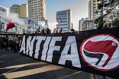 Fascismo x Antifascismo: porque se posicionar