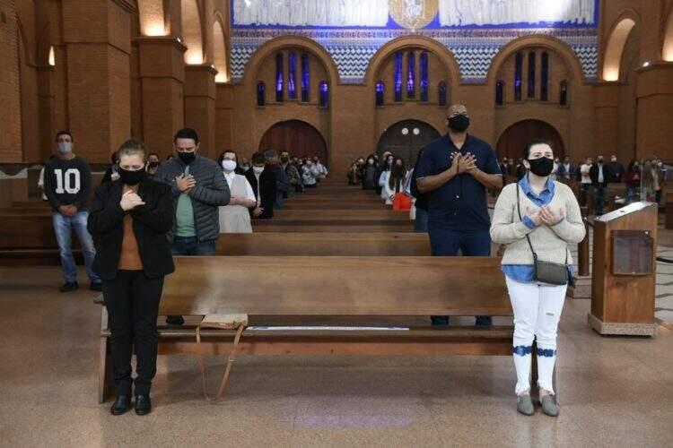 Santuário Nacional de Aparecida reabre a porta para os fiéis com novas regras