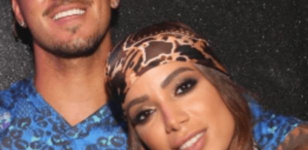 Tá rolando? Vídeo mostra Anitta e Gabriel Medina trocando carinhos em SP