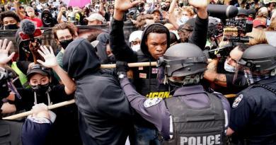 Protestos nos EUA após decisão sobre o caso Breonna Taylor