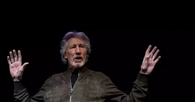 """Se Julian Assange é culpado, eu também sou"", afirma Roger Waters"