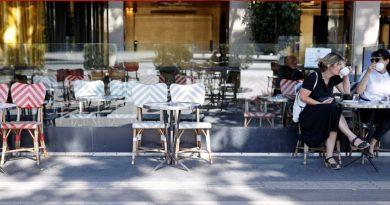 Alerta máximo contra Covid 19 ameaça fechar restaurantes de Paris
