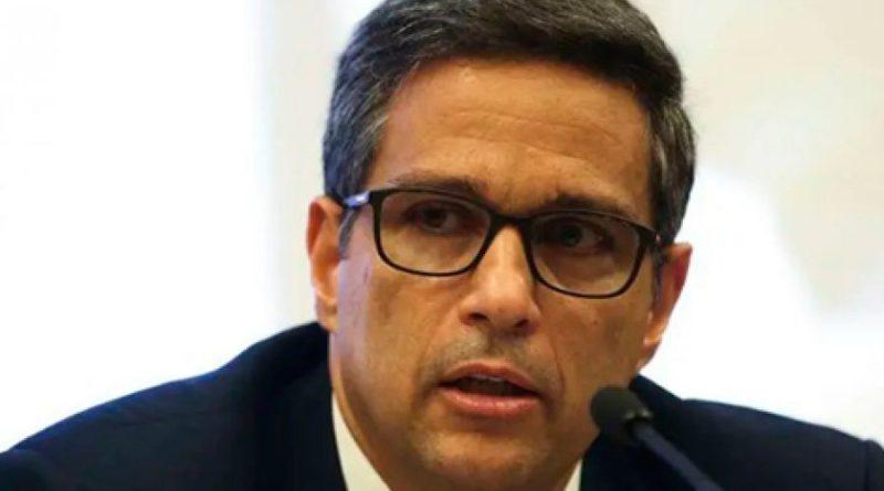 Malabarismo fiscal acabaria com compromisso do BC de não subir juros, diz Roberto Campos