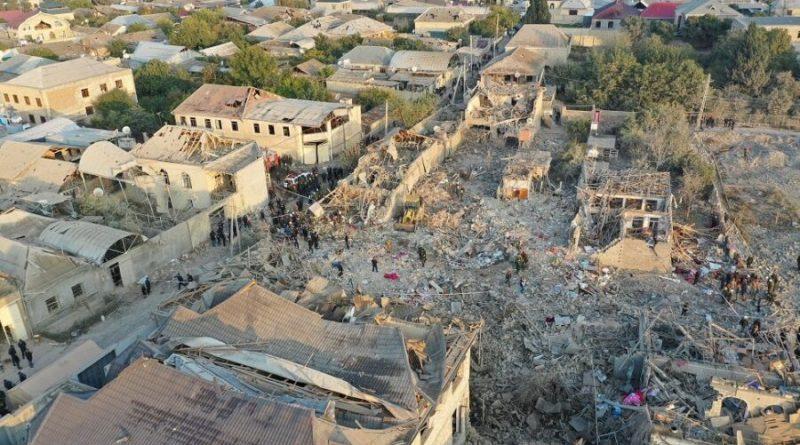 Míssil atinge área residencial da segunda maior cidade do Azerbaijão