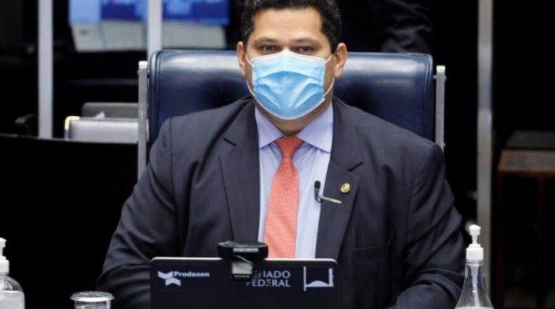 Presidentes da Câmara e do Senado dizem que assassinato de João Alberto escancara racismo estrutural no Brasil