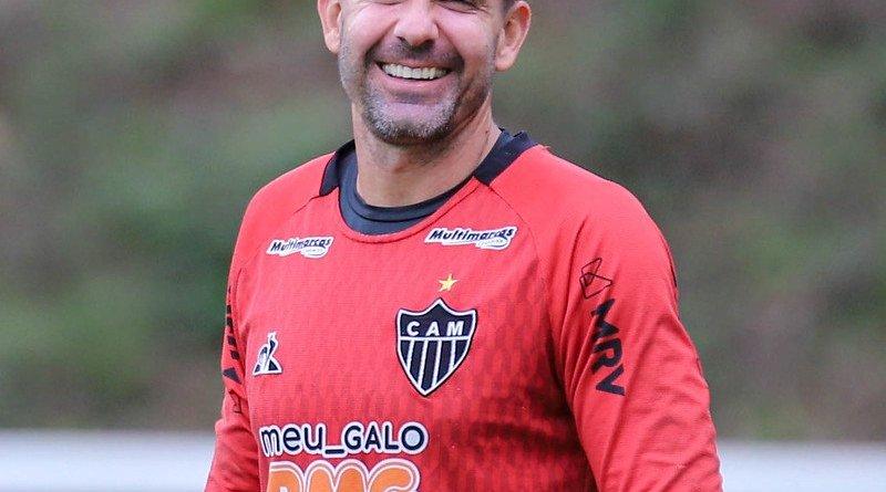 Victor renova contrato com o Atlético MG até o final do Campeonato Brasileiro