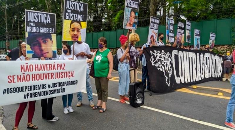 PM cerca protesto em São Paulo por um ano do massacre de Paraisópolis