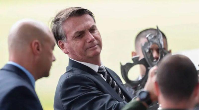 'PT resolveu apoiar quem eu tenho simpatia no Senado', diz Bolsonaro