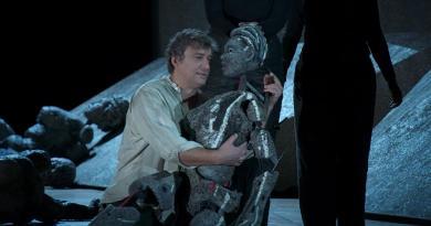 """Não há pirâmides nem elefantes na nova encenação da ópera """"Aida"""""""