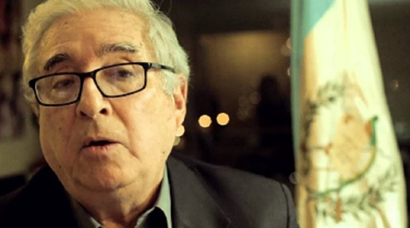 Reitor exige a renúncia do presidente da Guatemala